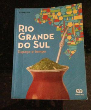 Livros 5 ano editora Ápis e Ática R$ 120.00 todos!