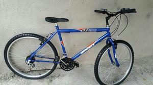 Bicicleta aro 26 18 marchas praticamente nova