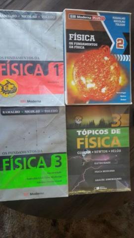 Livros didáticos Ensino Médio semi-novos