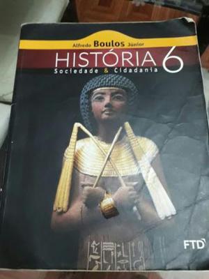 Livros do 6º ano bem conservados