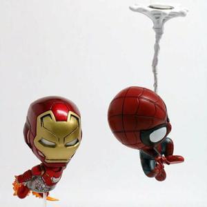 Miniatura Cosbaby Homem Aranha e Homem de Ferro Mark 47