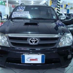 Toyota Hilux SW4 SRV D4-D 4x4 3.0 TDI Dies. Aut 2006