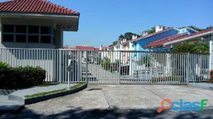 Aluga-se Casa Duplex Em Condominio Com Tres Suites No Parque