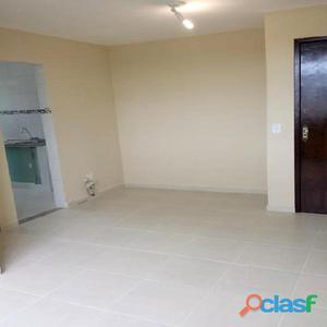 Apartamento 2 quartos no Fonseca- todo reformado! -