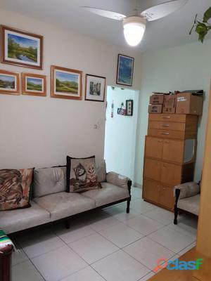 Apartamento com 2 dorms em São Paulo - Santo Amaro por 225