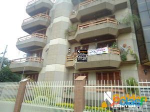 Apartamento de 4 dormitórios, Vila Eunice em Cachoeirinha