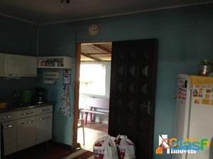 Casa de 2 dormitórios em Cachoeirinha, bairro Vila Regina