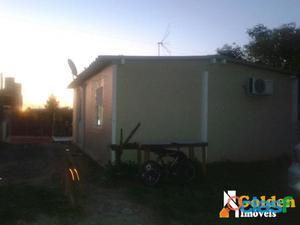 Casa de 2 dormitórios no bairro Granja Esperança