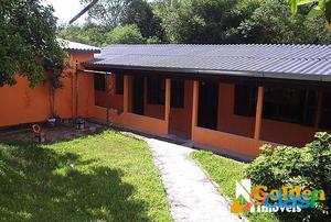 Casa de 2 dormitórios no bairro Vila Cachoeirinha