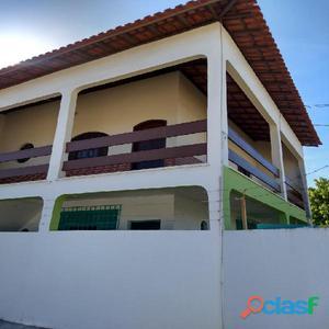 Excelente Sobrado com 2 quartos em São Pedro da Aldeia/RJ.