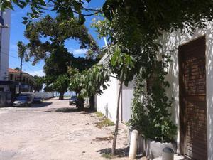 Pequena casa na praia de Cabo Branco tipo quitinete dois