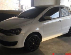 VW/Fox 1.6 Flex, ano/modelo 2014, cor branco, completo