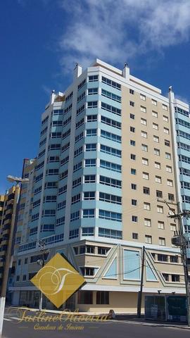 timo apartamento com 03 dormitórios na Beira Mar
