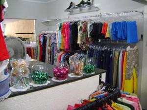 Atacado de roupas usadas alternativa moda