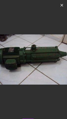 Bomba d'agua trifasico 4 cv 8 estagio