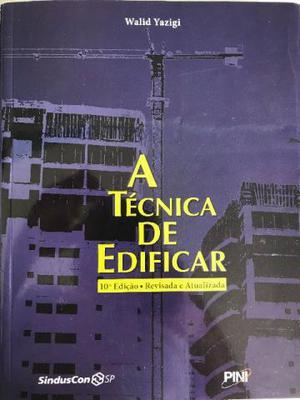 Livros diversos usados na área de arquitetura e urbanismo e