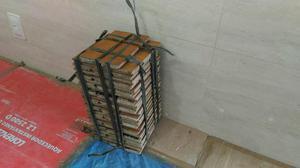 Tacos de Madeira peroba 1m² - 68 peças