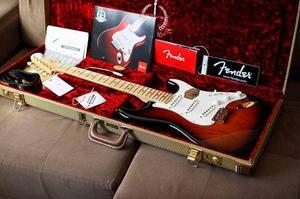 Guitarra Strato Fender 60 TH Vintage  Anniversary