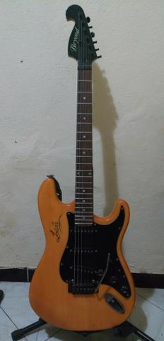 Guitarra. Vendo ou Troco. (Leia a Descrição)