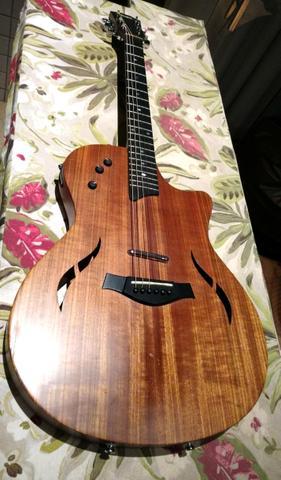Taylor T5 - Violão e Guitarra
