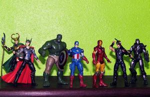 Bonecos Avengers action figures Originais
