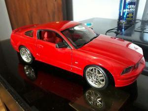 Miniatura Ford Mustang Gt Hot Wheels 1/18