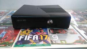 Xbox 360 Slim Destravado 4GB - 42 jogos Kinect 3 Controles