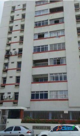 Apartamento a Venda no bairro Mangabeira - Maceió, AL -