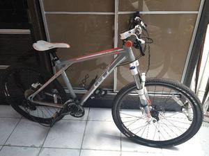 Bicicleta Shimano Aro 26