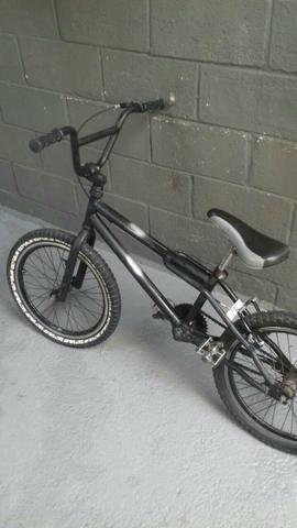 Bike modelo BMX