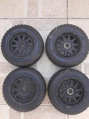 Rodas e pneus para Baja 5B usadas