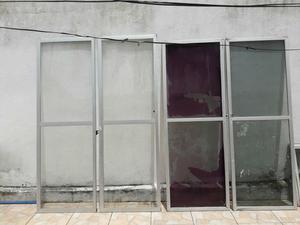 Vidraceiro de 4 portas de vidro