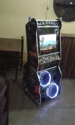 Maquina de Karaokê profissional com pontuaçao