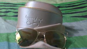 Vendo lindo óculos de sol feminino