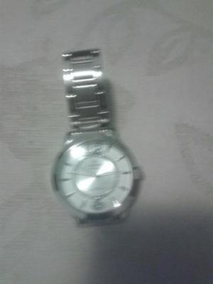 Vendo relógio de pulso
