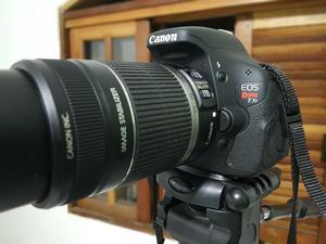 Canon t3i semi-nova