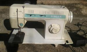 Maquina de costura singer facilita 43