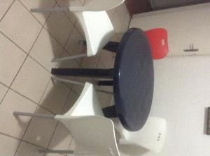 Conjunto de Mesa e cadeiras para cozinha