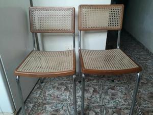 Promoção de 3 cadeiras de fino acabamento