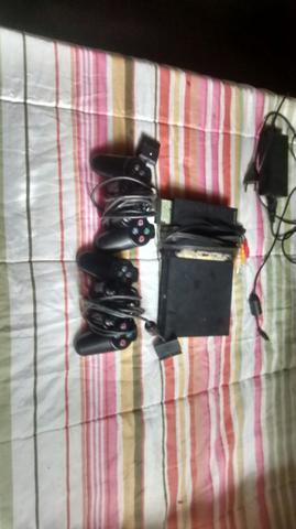 Estou vendendo PlayStation 2 itimo estado