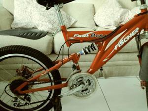 Vendendo bicicleta
