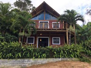 Casa às margens da Lagoa do Aruá - Praia do Forte