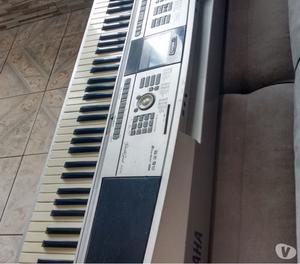 Piano Digital Yamaha profissional DGX  teclas- RJ