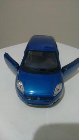 Miniatura de Fiat Punto