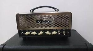 Amplificador Valvulado VOX Night Train 15 W - Fender