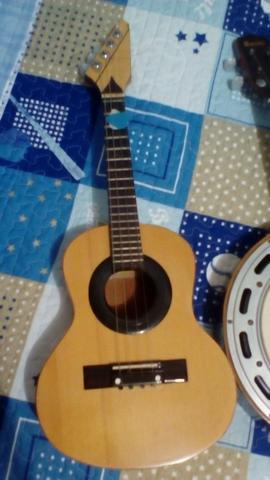 Cavaquinho feito por Luthier e Banjo Rozini