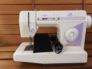 Máquina de costura Singer Prêt a Porter