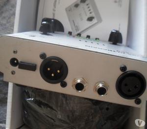 Pre Amplificador Valvulado Behringer Tube Ultragain MIC200