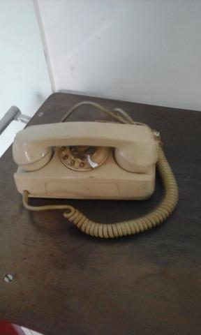 Telefone antigo para decoração e colecionadores