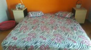 Vendo colchão para cama King.estado de novo